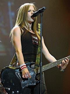 Identifikationsfigur für Mädchen: Avril Lavigne 2003. (Bild: EPA)