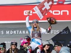 Joana Hählen lässt sich feiern (Bild: KEYSTONE/ALESSANDRO DELLA VALLE)