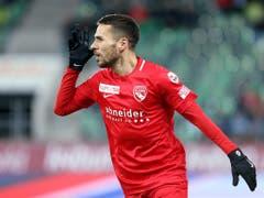 Dejan Sorgic verpasste das Thuner 2:0 vom Penaltypunkt (Bild: KEYSTONE/EDDY RISCH)