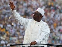 Senegals Präsident Macky Sall soll bei den Präsidentschaftswahlen des Landes wiedergewählt worden sein. (Bild: KEYSTONE/EPA/NIC BOTHMA)