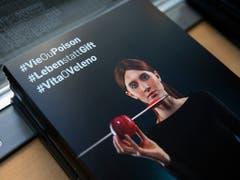 Die Neuenburger Gruppierung «future3.0» hat die Kampagne für die Initiative «Für eine Schweiz ohne synthetische Pestizide» gestartet. (Bild: KEYSTONE/PETER KLAUNZER)