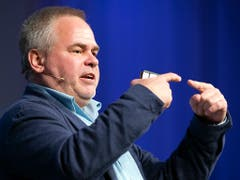 Eugene Kaspersky spricht an den Swiss Cyber Security Days in Freiburg. (Bild: KEYSTONE/ANTHONY ANEX)