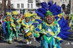 Die Guuggemusig Cocoschüttler Meggen mit dem Motto Samba do Brasil.