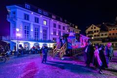 Die Froschbar neben dem Hotel-Restaurant Löwen lädt ein. (Bild: Christian H. Hildebrand, (Zug, 28. Februar 2019))