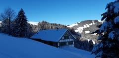 Unterhalb der Ebenalp: ein im Winter verlassenes Haus. (Bild: Klaus Businger)