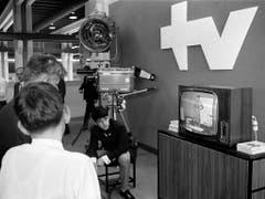 Fernsehstudio an der 52. Mustermesse in Basel, aufgenommen am 19. April 1968. (Bild: KEYSTONE/STR)