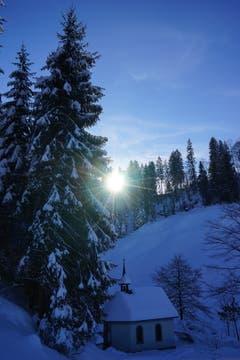 Das Luthern-Bad-Chäpeli im Winterzauber. (Bild: Isidor Rösch, 6. Februar 2019)