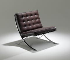Barcelona Chair vom letzten Bauhausdirektor Ludwig Mies van der Rohe, bei Knoll, 6800 Franken.