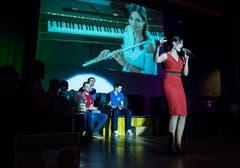 Sabrina Sauder unterhielt das Publikum während der Pausen. (Bild: Reto Martin)