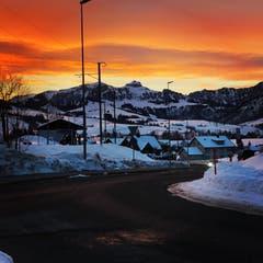 Morgenrot über Appenzell. (Bild: Dominik Dörig)