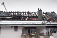 In Ebikon hat ein Dachstock gebrannt. (Bild: Boris Bürgisser/Luzerner Zeitung (Ebikon, 9. Februar 2019))