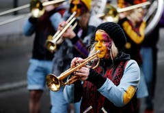 Auch für Musik war am kleinen, aber feinen Umzug gesorgt. (Bild: Stefan Kaiser, Rotkreuz, 1. März 2019)