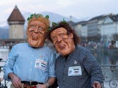 Zwei Schwinger an der Luzerner Fasnacht: Käser Remo und Wicki Joel. (Bild: Theres Nussbaumer, 28. Februar 2019)
