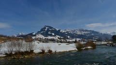 Nach einem frühlingshaften Tag bricht der Föhn über dem Toggenburg langsam zusammen. (Bild: Martin Giger)