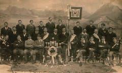 Heute besteht der Veloclub aus rund 40 Mitgliedern. Hier sind die Clubmitglieder in den 1920er Jahren. (Bild: PD)