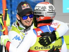 Dominik Paris (links) und Beat Feuz gratulieren sich gegenseitig (Bild: KEYSTONE/APA/APA/HELMUT FOHRINGER)