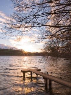 Stürmischer Sonnenuntergang beim Soppensee. (Bild: Priska Ziswiler-Heller, Soppensee, 13. März 2019)