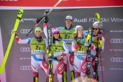 Das Schweizer Team jubelt beim Saisonfinale. (Bild: Christian Bruna / EPA)