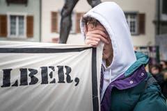 Frauenfeld TG - Klimastreik kommt im Thurgau an. In mehreren Hundert Städten weltweit wird heute gegen den Klimawandel demonstriert. Auch in Frauenfeld haben sich viele Engagierte zusammengetan. Um 14:00 Uhr schliessen weltweit Demonstranten die Augen für eine Minute, sie tuen es den Politiker gleich.