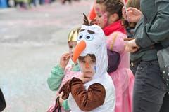 Nicht nur Eisprinzessin Elsa sondern auch der süsse Olaf aus dem beliebten Disneyfilm sind am Umzug anzutreffen.
