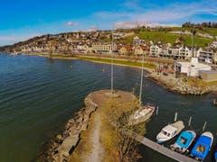Blick über den Zürichsee bei Schmerikon bei frühlingshaften Temperaturen. (Bild: Renato Maciariello)