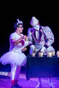 Clowns an der Premiere des Circus Royal. (Bild: Andrea Stalder)