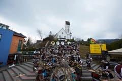 Die «Schlösslifäger» am Kinderumzug in Kriens. (Bild: Jakob Ineichen, 2. März 2019)