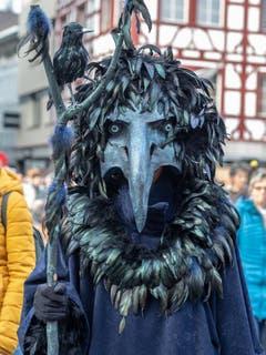 Ein Vogel an der Fasnacht. (Bild: Theres Nussbaumer, Luzern, 2. März 2019)