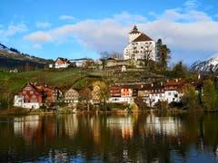 Städtchen und Schloss Werdenberg Frühling. (Bild: Patrik Stahler)