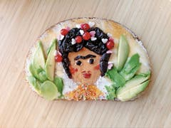 Frida Kahlo, Selbstbildnis (@missmegaphon)