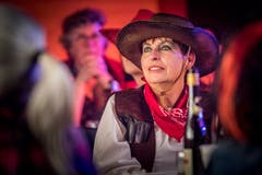 Cowgirls und Indianer. (Bild: Andrea Stalder)