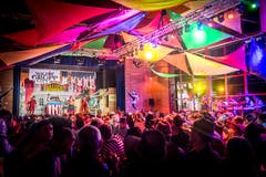 Der Mehrzwecksaal in Ermatingen wird zum Saloon. (Bild: Andrea Stalder)