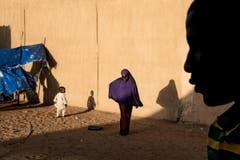 1. Preis Ausland Reportage: Eine Frau und ihr Kind, ehemalige Gefangene der Boko-Haram-Sekte. (Bild: Michael Zumstein für «Le Point»)