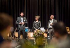 Felix Würth (OK-Präsident und Präsident der SVP Amriswil), Diana Gutjahr und Ruedi Zbinden begrüssen die Gäste. (Bild: Andrea Stalder)