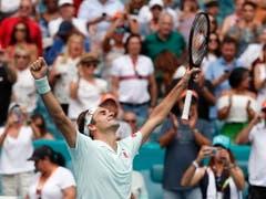 Roger Federer gewann zum vierten Mal das Turnier in Miami, das bis im letzten Jahr auf Key Biscayne ausgetragen wurde (Bild: KEYSTONE/EPA/RHONA WISE)