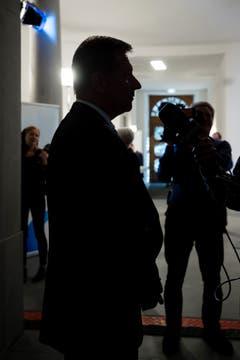 Der parteilose amtierende Finanzdirektor Marcel Schwerzmann zieht Wahlbilanz: «Dass ich hinter den linken Kandidierenden bin, hätte ich nicht erwartet.» (Bild: Philipp Schmidli)