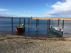 Fischerboote vor dem Sturm. (Bild: Toni Weder)