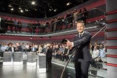Von 2014 bis 2019: Jonas Projer führte rund fünf Jahre als Moderator durch die Arena, nun ist Schluss damit. Spätestens per 1. September 2019 wechselt der TV-Moderator zu Ringier, wo er in der Blick-Gruppe die Leitung des Projekt «Blick TV» übernehmen wird. (Archivbild: KEYSTONE/Ennio Leanza)