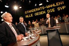 Von 2002 bis 2008: Arena-Moderator Urs Leuthard (rechts) diskutierte im November 2007 mit dem damaligen Nationalrat Ueli Maurer (SVP/ZH) und dem St.Galler Ständerat Toni Brunner (SVP) über die Ständerats-Wahlen. (Archivbild: KEYSTONE/Alessandro Della Bella)