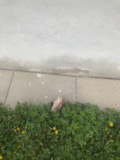 Es wurde keine Personen von den faustgrossen Steinsbrocken getroffen.