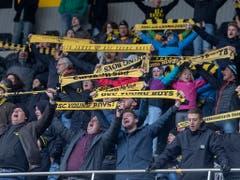 YB-Fans am Public Viewing vom Sonntag im Stade de Suisse. (Bild: Keystone/Marcel Bieri)