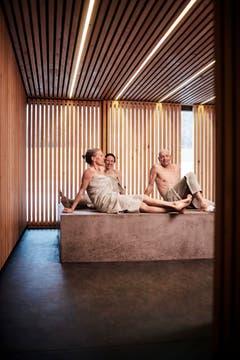 Spa mit Sauna, Dampfbad, Ruheraum, Infrarotliegen, beheiztem Sitzstein, Erlebnisduschen und Kälteraum. (Bild: PD)