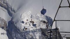 Die Baustelle beim beschädigten Mast. (Bild: zVg)