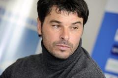 2012: Am 13. April gibt Ciriaco Sforza seinen Rücktritt als Trainer von GC bekannt. Bild: Walter Bieri/Keystone