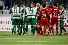 Rudelbild zwischen den Spielern des SC Kriens und dem FC Aarau. (Bild: Marc Schumacher / Freshfocus, Kriens, 2. April 2019)