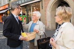 Eine gute Wahl: auch David von Moos brachte die Eier schnell an die Leserinnen und Leser der Luzerner Zeitung. (Bild: Eveline Beerkircher, Luzern, 20. April 2019)