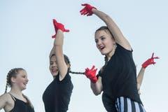 Bei diesen Mädchen der Gruppe «ValDanza» stechen die roten Akzente heraus. (Bild: Pius Amrein, Luzern, 20. April 2019)