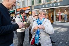 Das wollten wir sehen: Strahlende Gesichter beim LZ-Eiertütschen. (Bild: Eveline Beerkircher, Luzern, 20. April 2019)