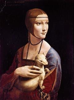 Rechts: Mit dem Bildnis der «Ginevra de' Benci» revolutioniert Leonardo in den Jahren 1474 bis 1478 die Porträtmalerei. Links oben: In der «Dame mit Hermelin» zeigt da Vinci Cecilia Gallerani, die Mätresse des Mailänder Herzogs Ludovico Sforza. (Bild: Bilder: Getty)
