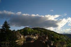 Der Wetterwechsel bahnt sich über der St. Galler Solitüde an. (Bild: Susann Albrecht)